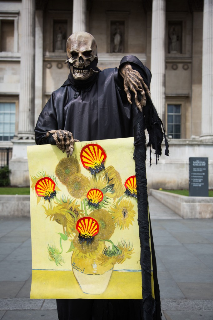 UK - London - Protest against Shell sponsorship of the arts at the National Gallery